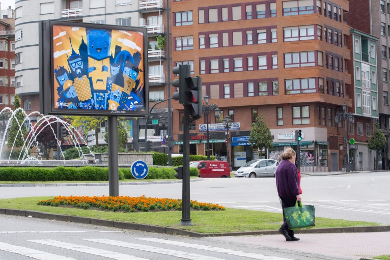 BOKS Illustration featured in Oviedo entrance mupi
